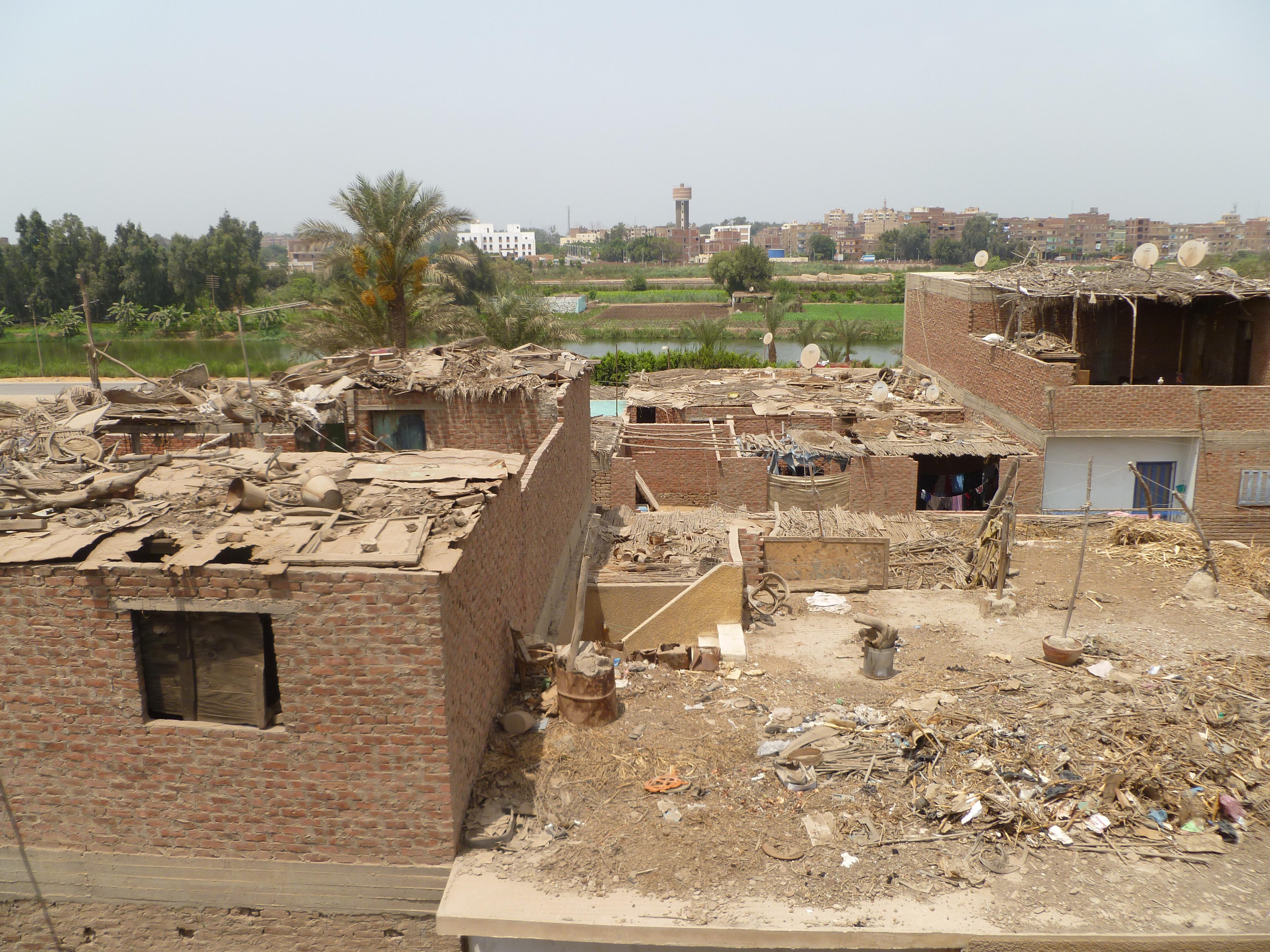 منازل قرية الحسانين