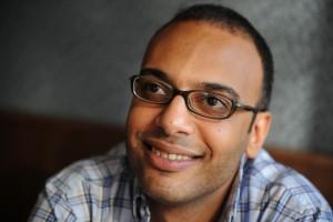 حسام بهجت الصحفي والمدافع عن حقوق الانسان